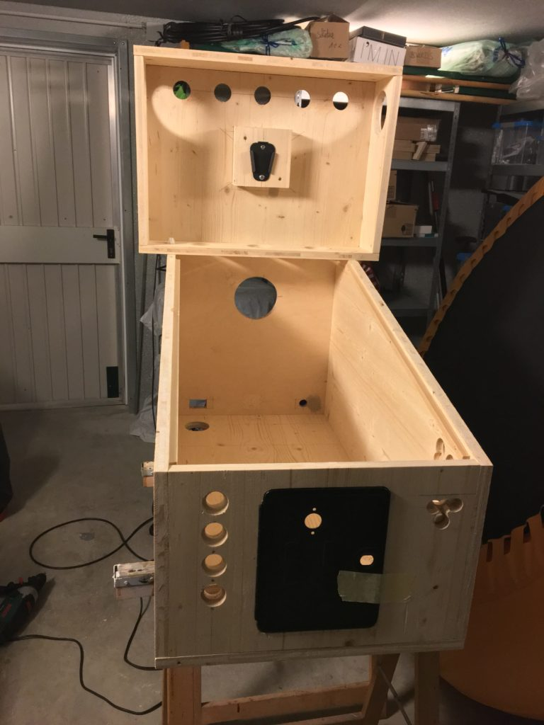 Assembled virtual pinball cabinet