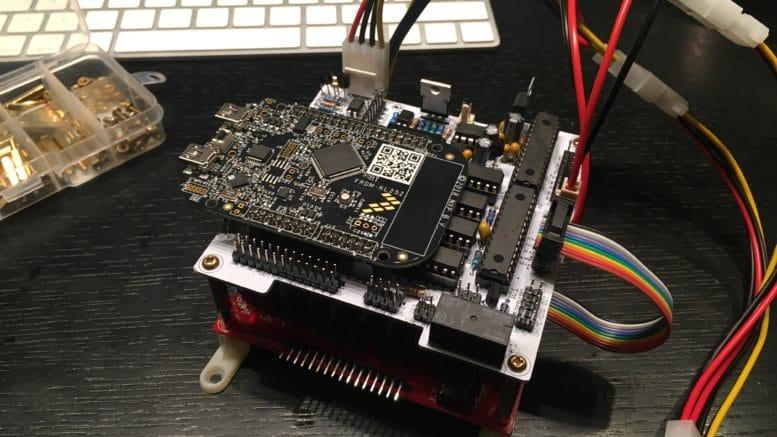 Virtual Pinball Controller PINSCAPE komplett aufgebaut mit Mainboard und Powerboard
